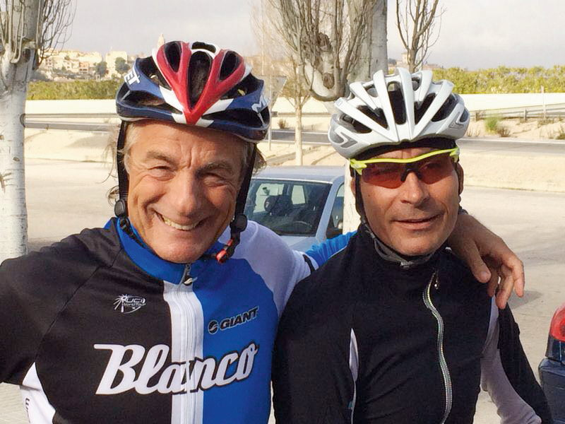 Anthony Arndt mit dem ehemaligen Rennradprofi Erik Zabel auf Mallorca FOTO © PRIVAT