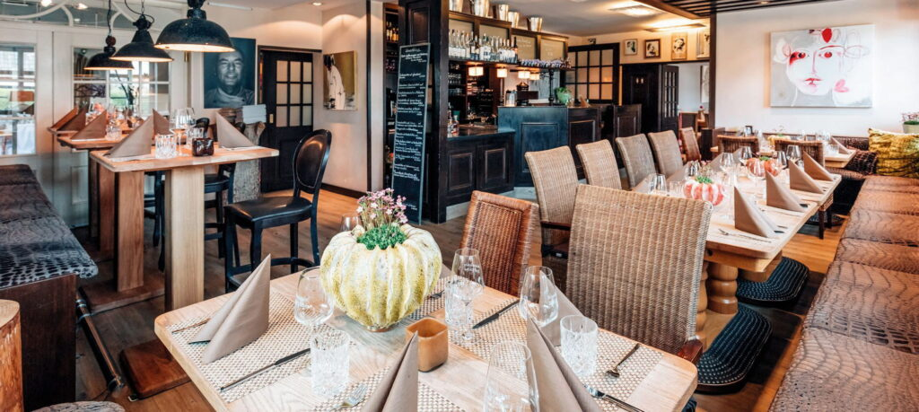 """Das Restaurant """"Zur Eiche"""" - Interieur und Speisekarte locken mit dem Attribut """"gut bürgerlich"""""""