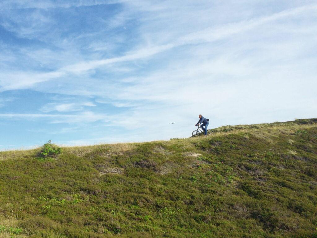 Radtour durch die Dünen (Foto © Sylt Marketing | Jutta Vielberg)