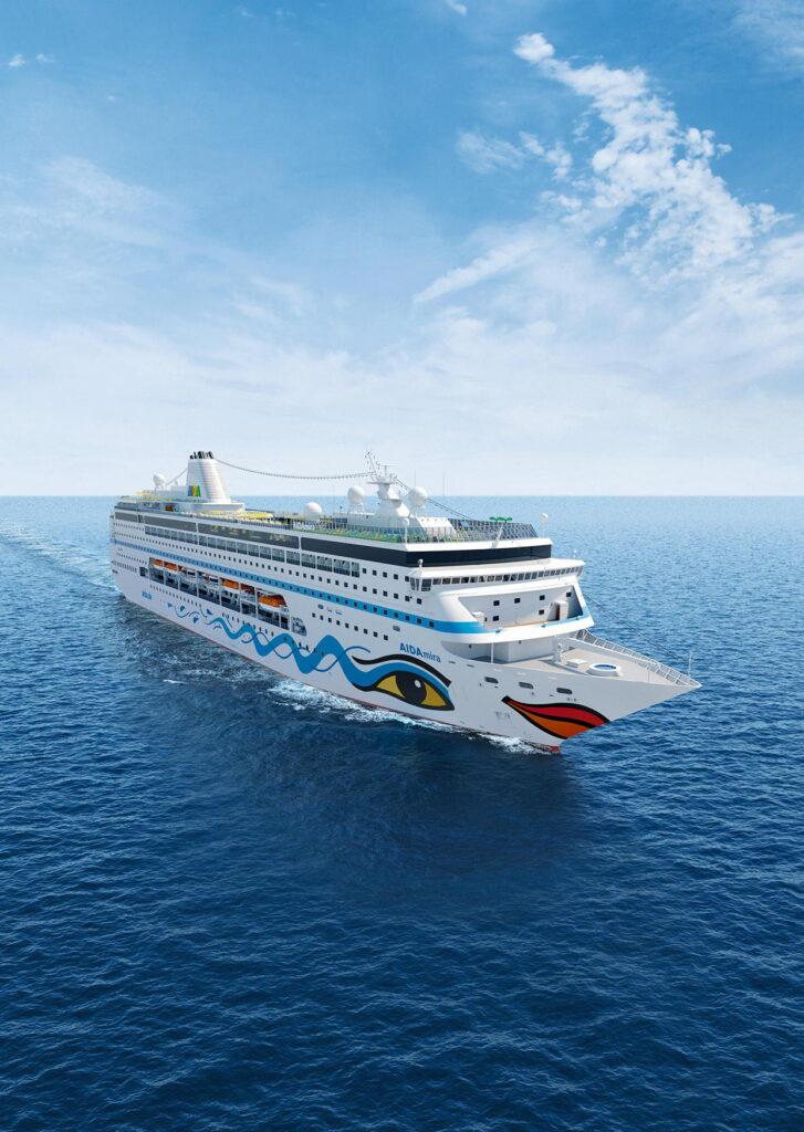 Die mira auf See - noch eine Fotomontage // Foto © AIDA Cruises
